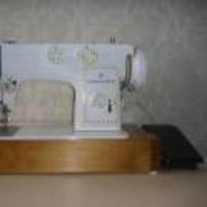 Продаётся швейная машина